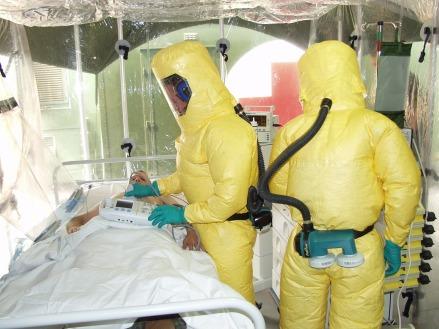 ebola-549471_1920.jpg